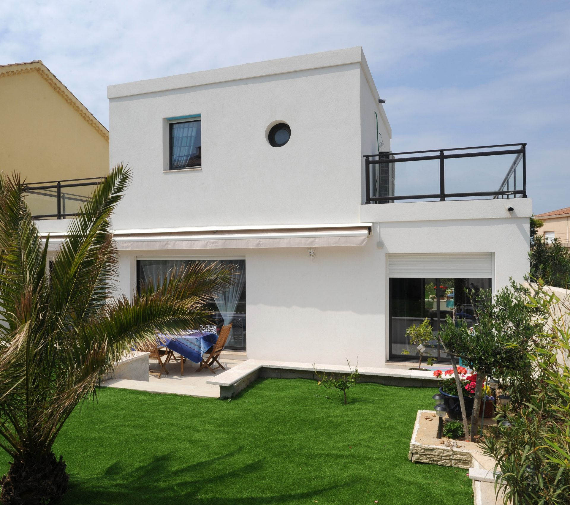 Constructeur maison contemporaine marseille maison moderne for Constructeur maison moderne reunion
