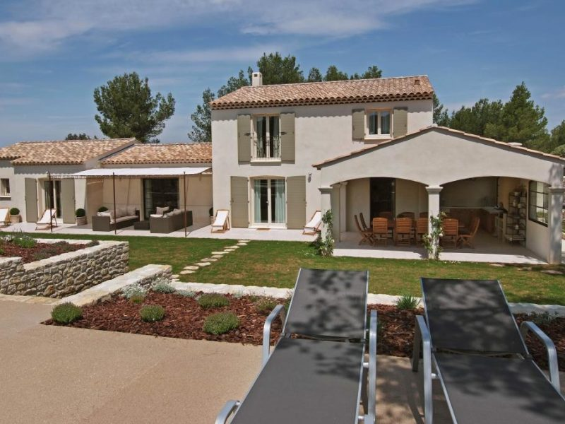 maison-intemporelle-provence-architecture-2-4